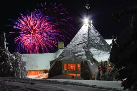2012-Winter-Oregon-Tours-Government-Camp-Timberline-Lodge-fireworks