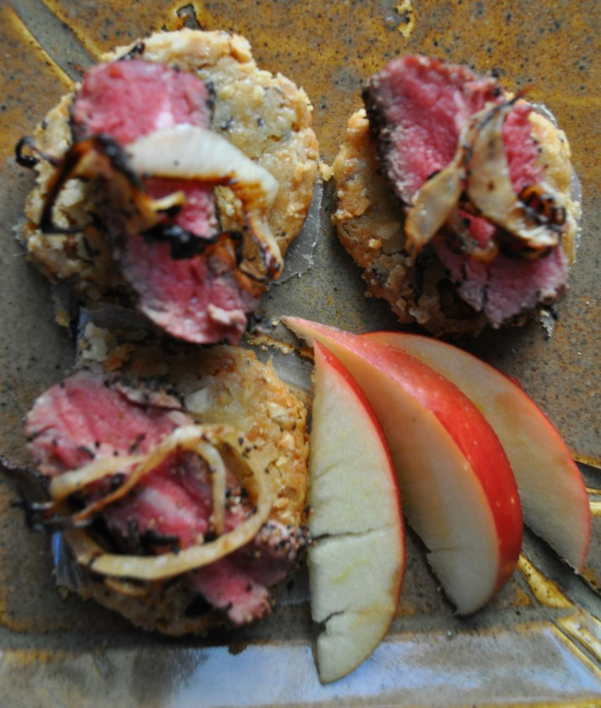 2013-january-february-1859-magazine-portland-recipes-noble-rot-heidi-tunnell-leather-storrs-black-pepper-beef-cracker-close-up