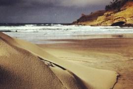 2013-may-june-1859-magazine-oregon-coast-surfing-kiwanda-storm