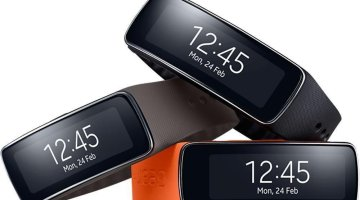 Smasung Gear Fit Smartwatch Farben