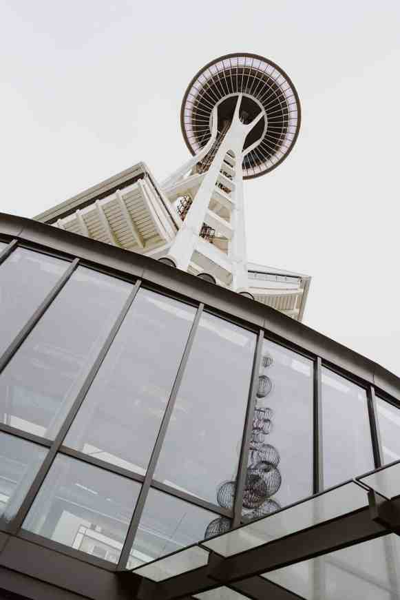 1889_Feb_March_2019_Feature_SpaceNeedle_WindowCleaners_James_Harnois_Seattle_012
