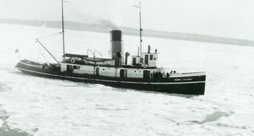 """The Canadian Coast Guard Tug """"Murray Stewart"""". Built in 1918 at Port Arthur Shipbuilding she was 119 feet long with a beam of 26 feet and a draft of 16 feet. Weighing 234 tons she was propelled by a 156 NHP steam triple expansion engine. She served with the RCN 1939 - 46 and was scrapped 1967."""