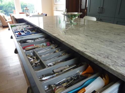 500 cutlery drawer