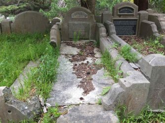 Kathleen Reyling's grave - before photo