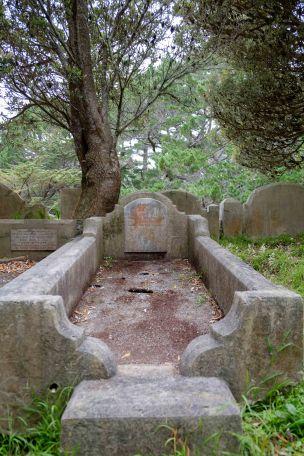 Ethel McEwen's grave