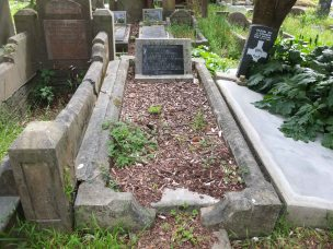 Roy Roberts' grave - before photo