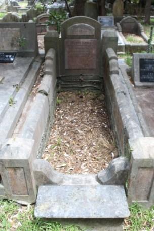 Francis Price's grave