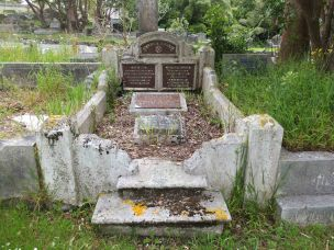 Alfred Alsop's grave - before photo