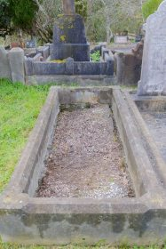 Amy Fleming's grave