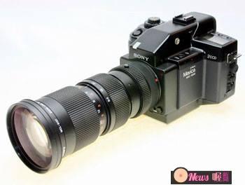 傳說中拍攝坦克的Sony數位相機。2/3英寸CCD,72萬畫素