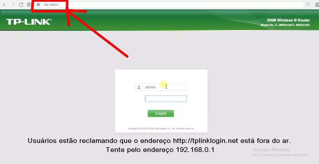 Imagem mostra tela de login e configuração do roteador de endereço Tplinklogin net