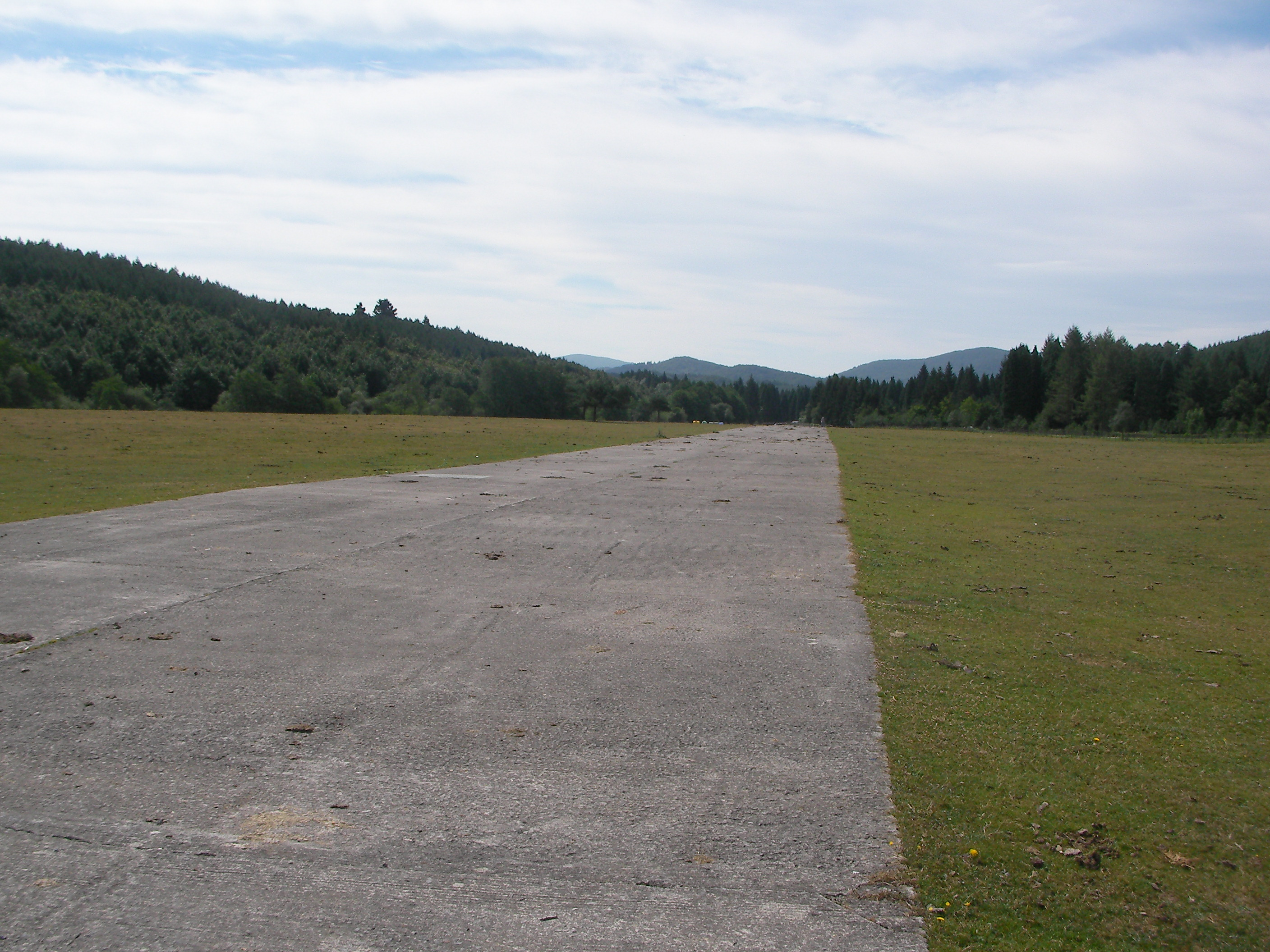 the airfield that was used to bomb Gernika