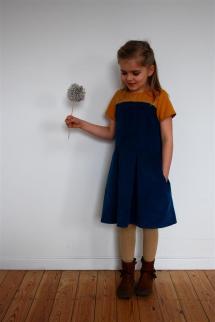 2015.12 Jaanu-Norah jurk Marte 1
