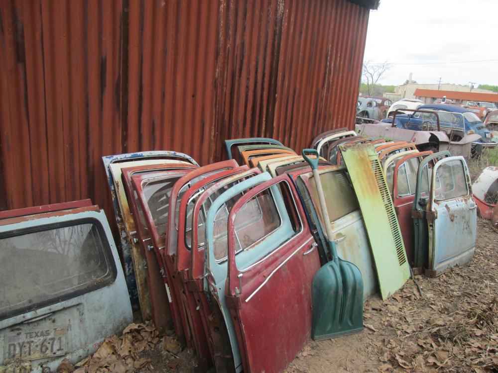 Don S Bug Barn A Vintage Vw Salvage Yard 1967 Vw Beetle