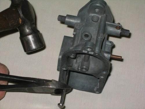 '67 Volkswagen Beetle — Carburetor Rebuild; Check Ball Removal and Installation