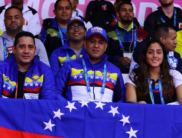 Ministro Pedro Infante y Paola Perez