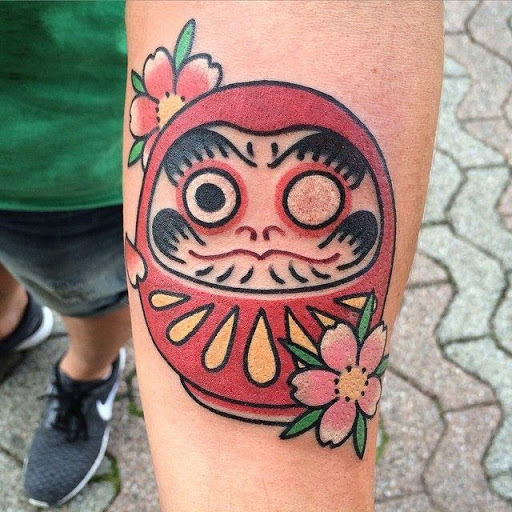 Daruma tattoos – the perfect tattoo for japanese art lovers