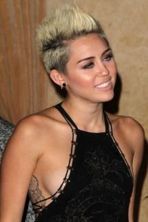 Kathclick Bigstock-los-angeles Feb Miley-cy-42055558