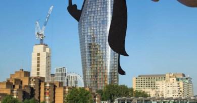 Artist Brilliantly Transforms Landmarks Using Paper Cutouts