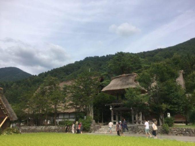 観光で白川郷に行ってきた 宿泊施設もアリ!