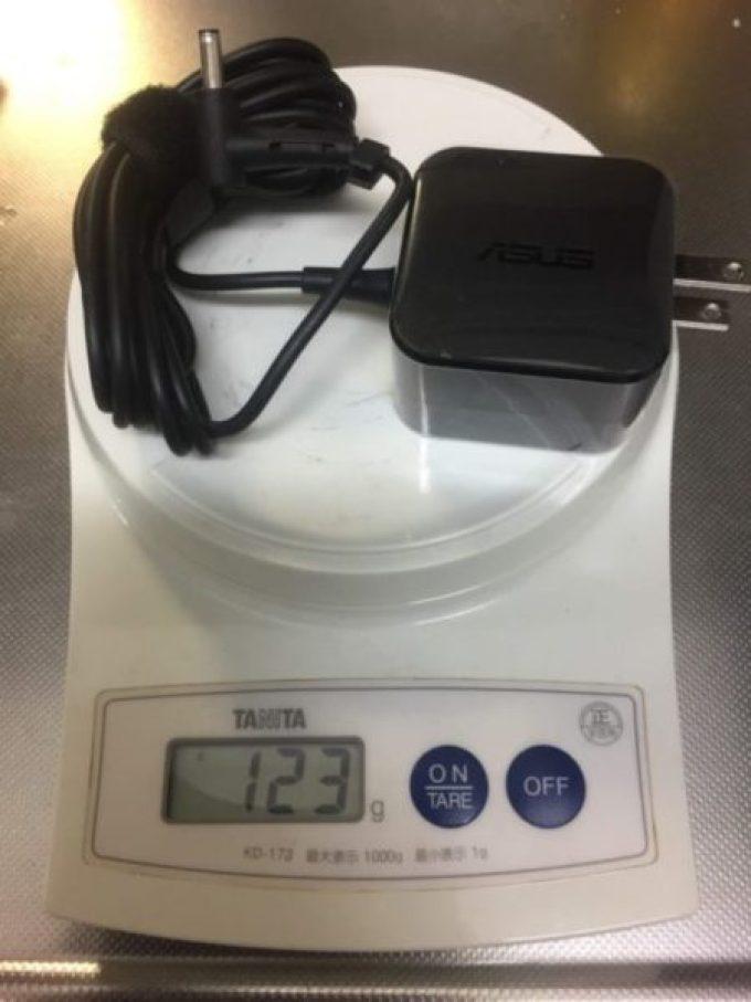 重さ1kg、14時間稼動の3万円台PC「ASUS E203MA」を購入!