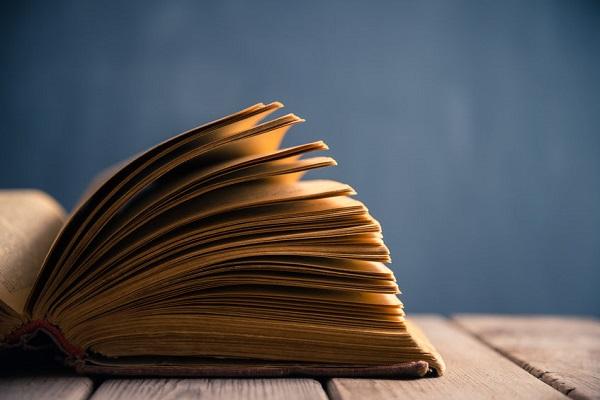 7 carti de istorie pe care trebuie sa le citesti