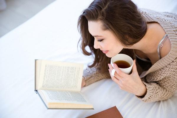 5 Carti de citit la cafea pentru o dimineata perfecta