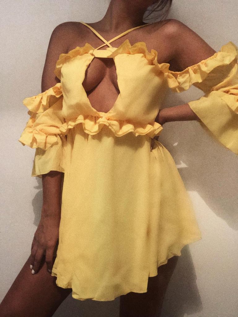 Femme luxe yellow dress