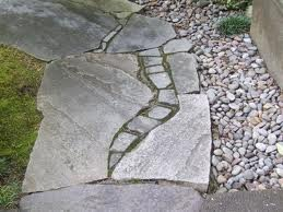 Пример дорожки из камня
