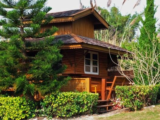 деревянный частный дом фото