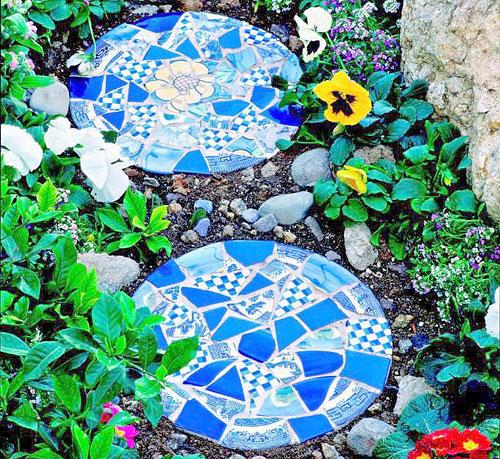 Мозаика в мощении в саду 5