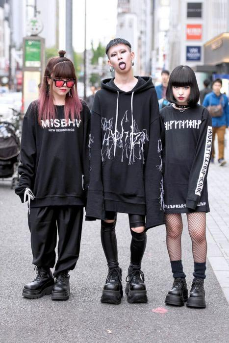 Youth-fashion-in-Japan-2
