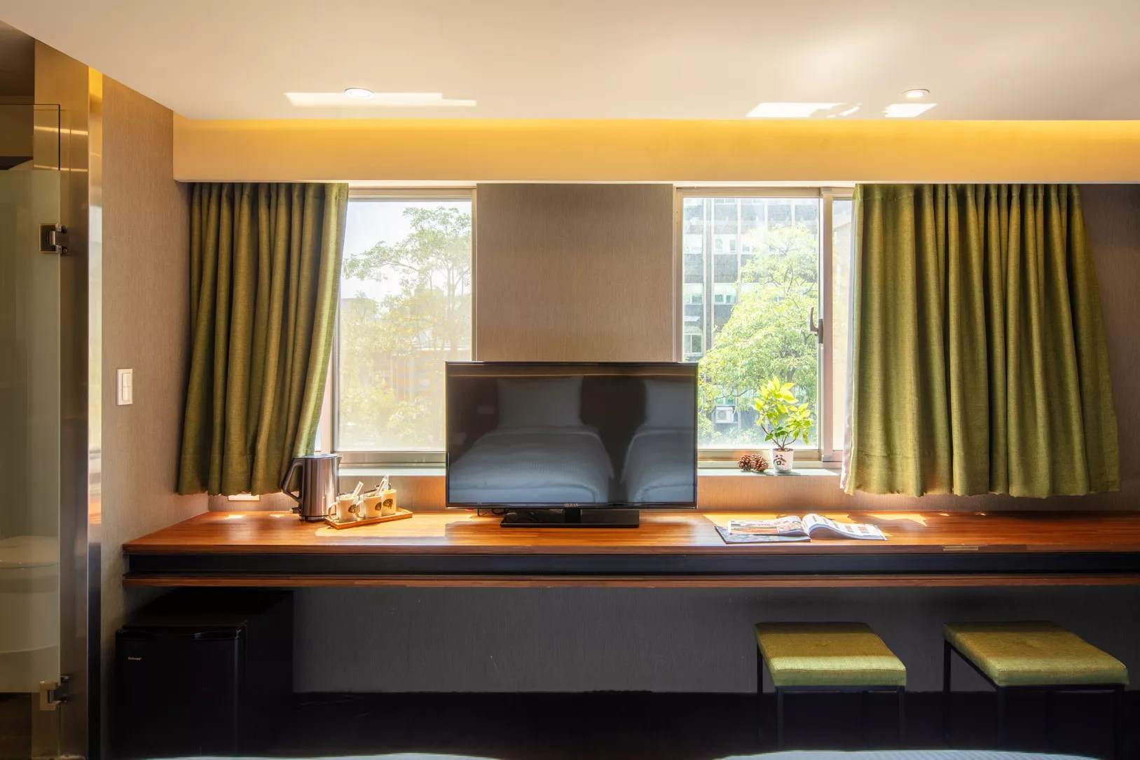 Rooms - Executive Triple Room Taipei city Hotel - Goodmore Hotel Shi-Da Near by MRT Guting Station & Taipower Building Station: Exit 4 (Yellow Line)
