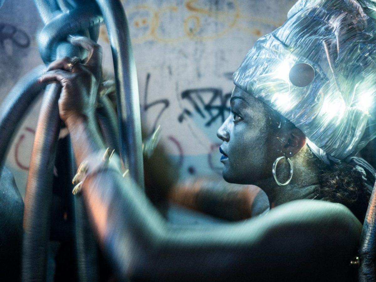 """entre vibrations et énergies des """"gwoup a po"""": un carnaval différent"""