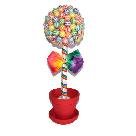 sladkiy_topiariy_18_06173118 Топиарий из конфет. Сладкий топиарий: дерево, яблоко, букет и часы из конфет