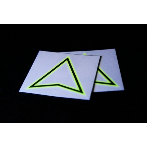 triangle-tattoo-fluo-x2