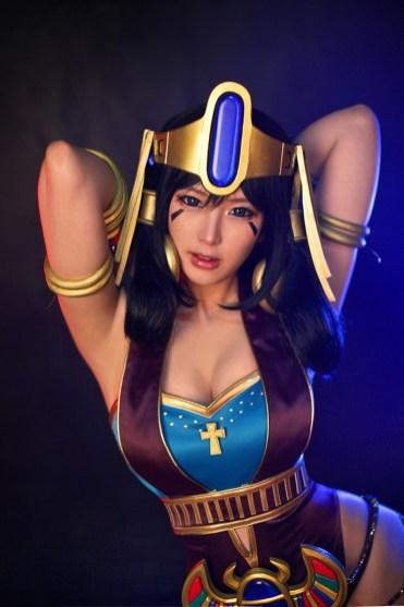 bo-anh-cosplay-nu-hoang-ai-cap-tu-nhom-spiral-cats 13