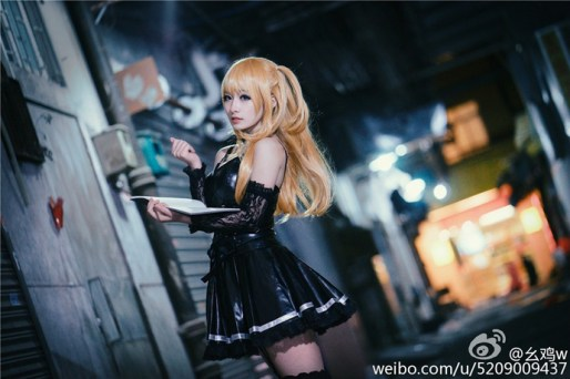 cosplay-misa-goi-cam-trong-truyen-death-note 2