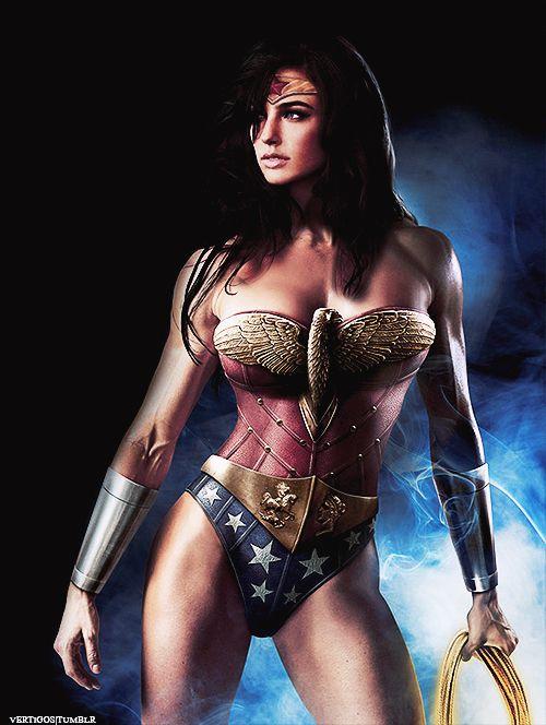 cung-xem-cosplay-wonder-woman-nong-bong-den-nghet-tho 21