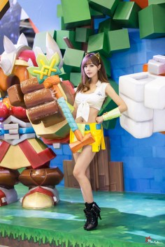 seo-jin-ah-showgirl-kiem-nu-streamer-goi-cam-den-tu-han-quoc 17
