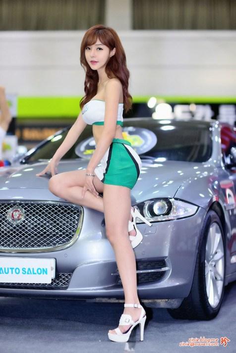 seo-jin-ah-showgirl-kiem-nu-streamer-goi-cam-den-tu-han-quoc 21