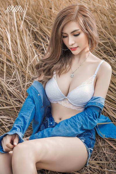 le-ny-sexy-nhe-nhang-voi-bo-anh-jean-girl-cua-max-nguyen (8)