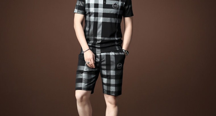 Luxury Embroidered Burberry Men's Polo and Short