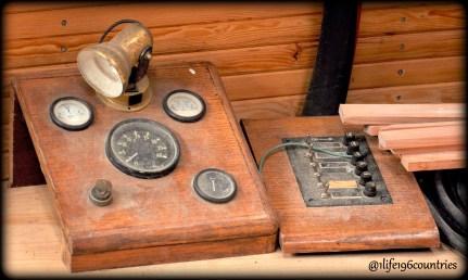antique boat controls