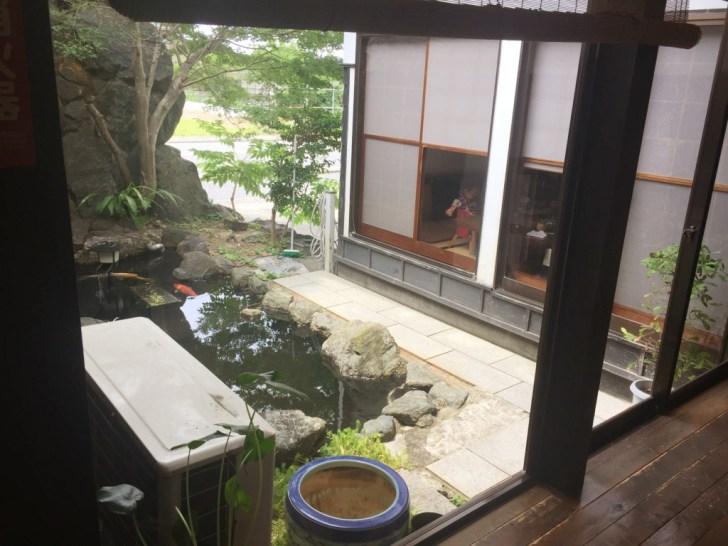 蕎麦奉行の庭園