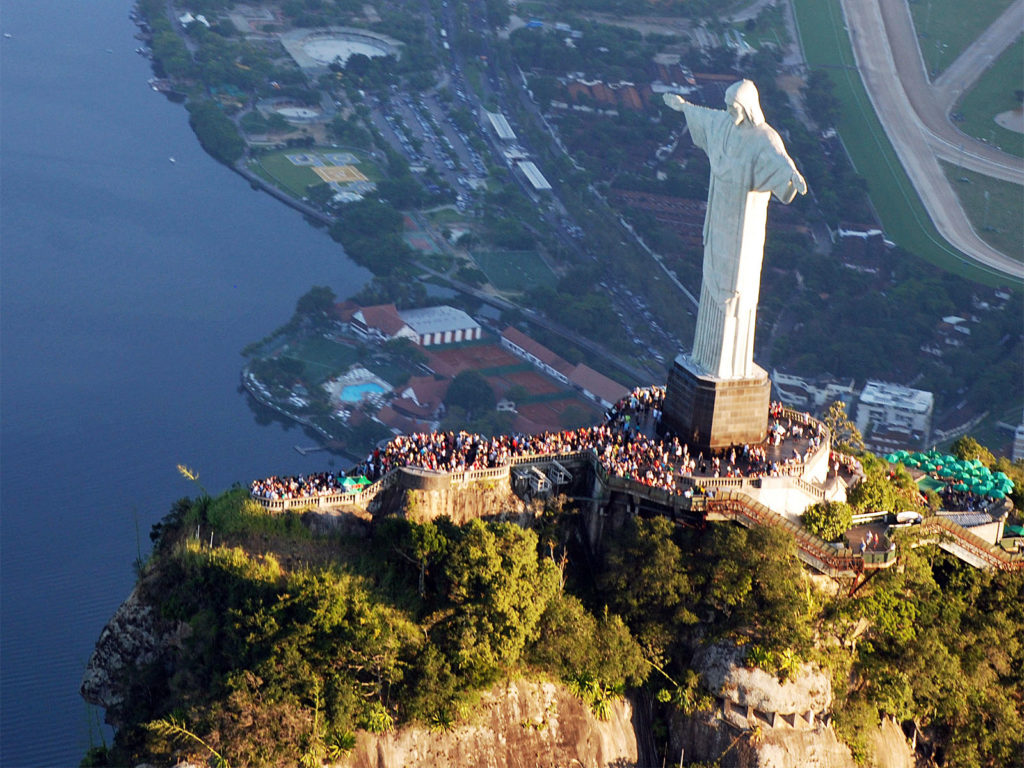 Rio De Janeiro Jesus Statue Hd Wallpaper 10 Breathtaking Images Of Jesus Christ The Redeemer In Rio