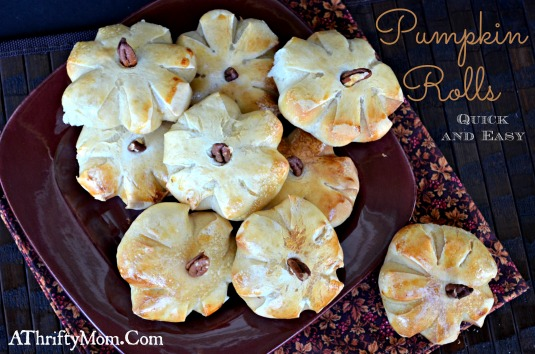 Pumpkin Rolls a quick and easy way to make your table festive, perfect for Halloween and Thanksgiving parties