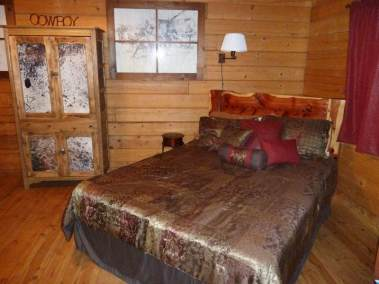 Horseshoe Cabin Room