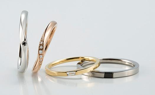 ラピュールの結婚指輪(マリッジリング )ゴールド、プラチナリング ブラックダイヤリング
