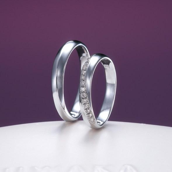綺羅(きら) マリッジ 俄の結婚指輪